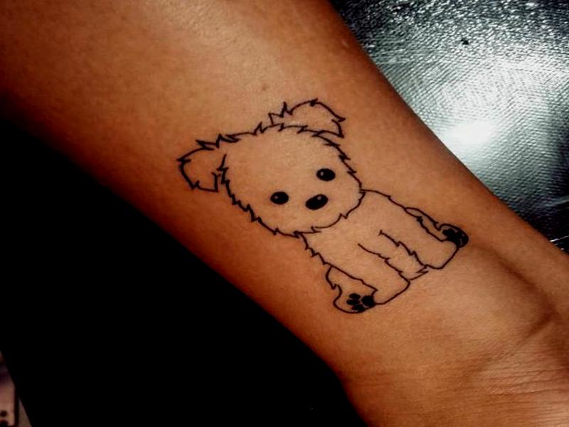 tatuaje mujer muñeca