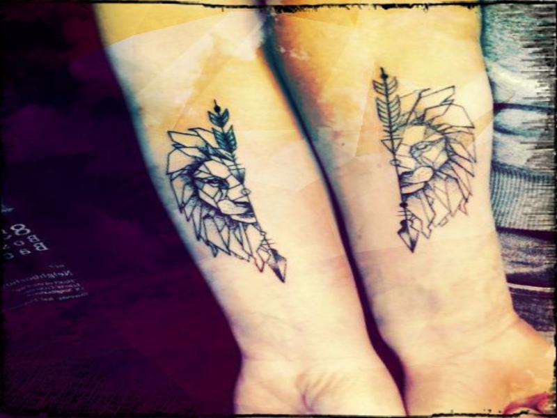 tatuajes-bonitos-de-leones-para-parejas